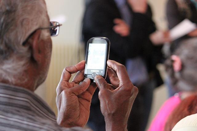 senior s mobilem
