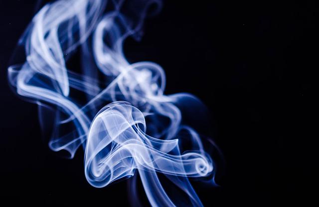 kouř tabáku