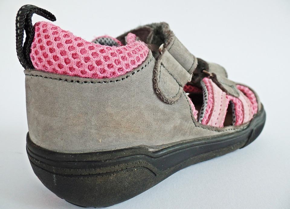 obuv se suchým zipem